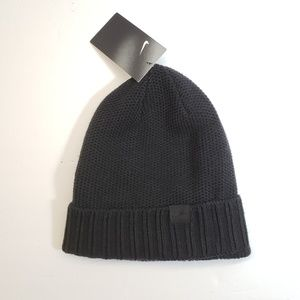 NWT, Nike Unisex Black Winter Hat Beanie